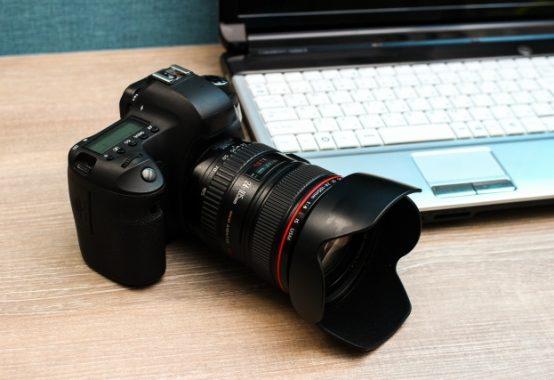 カメラとPCイメージ